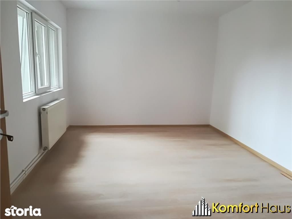 Apartament de vanzare, Bacău (judet), Strada 9 Mai - Foto 3