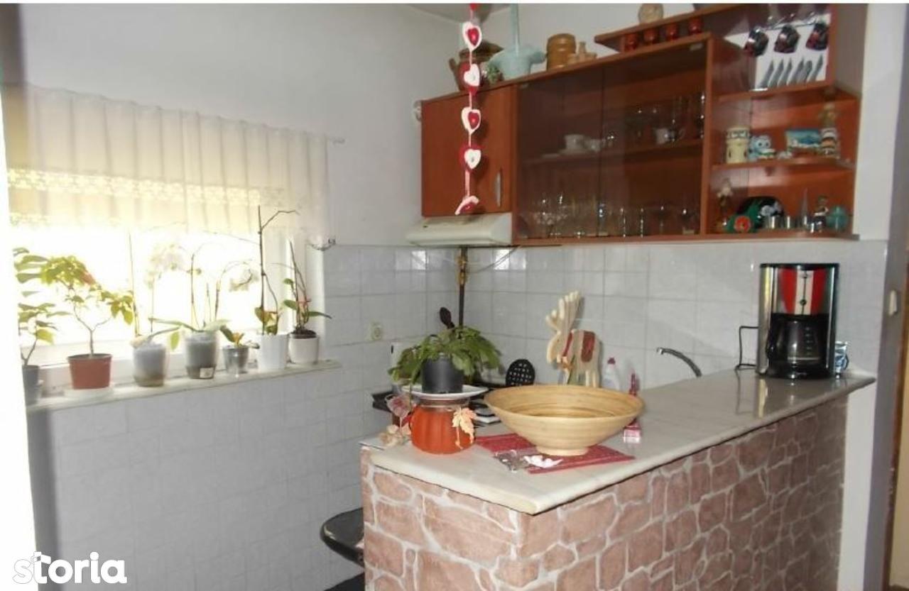 Casa de vanzare, Hunedoara (judet), Strada Simion Barnuțiu - Foto 5