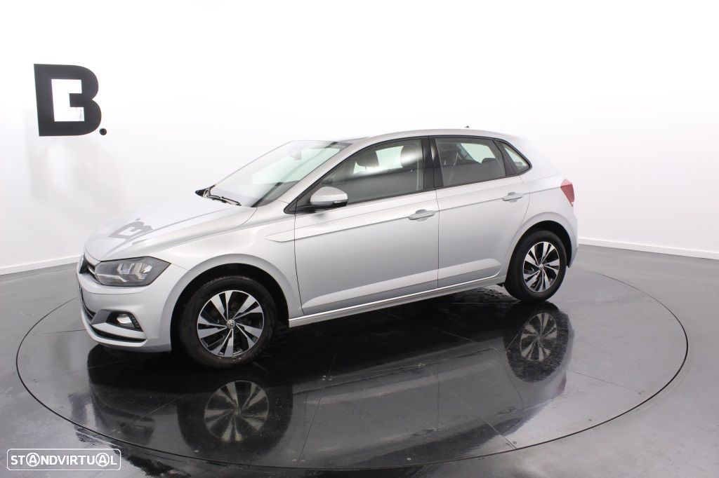 VW Polo 1.0 Confortline - 2