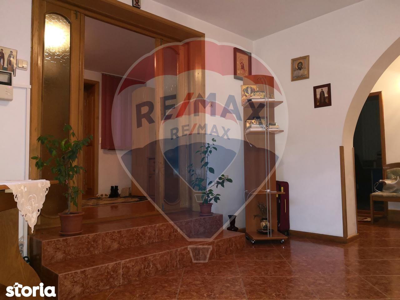 Casa de vanzare, Iași (judet), Strada Profesor Petru Olteanu - Foto 10