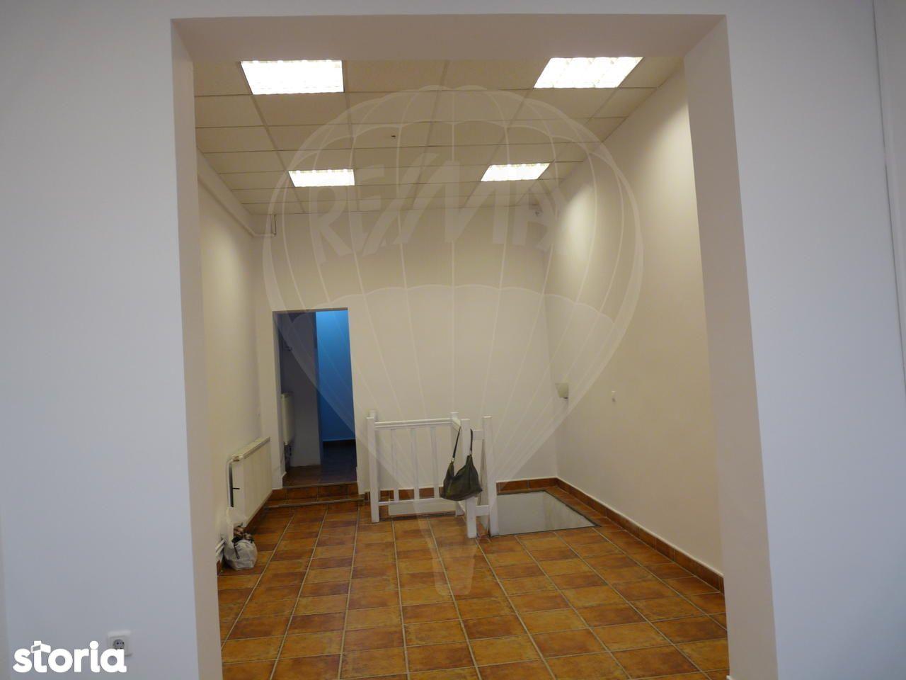 Spatiu Comercial de inchiriat, Cluj (judet), Strada Andrei Șaguna - Foto 2