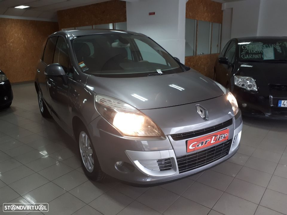Renault Scénic 1.5 dCi Luxe - 4