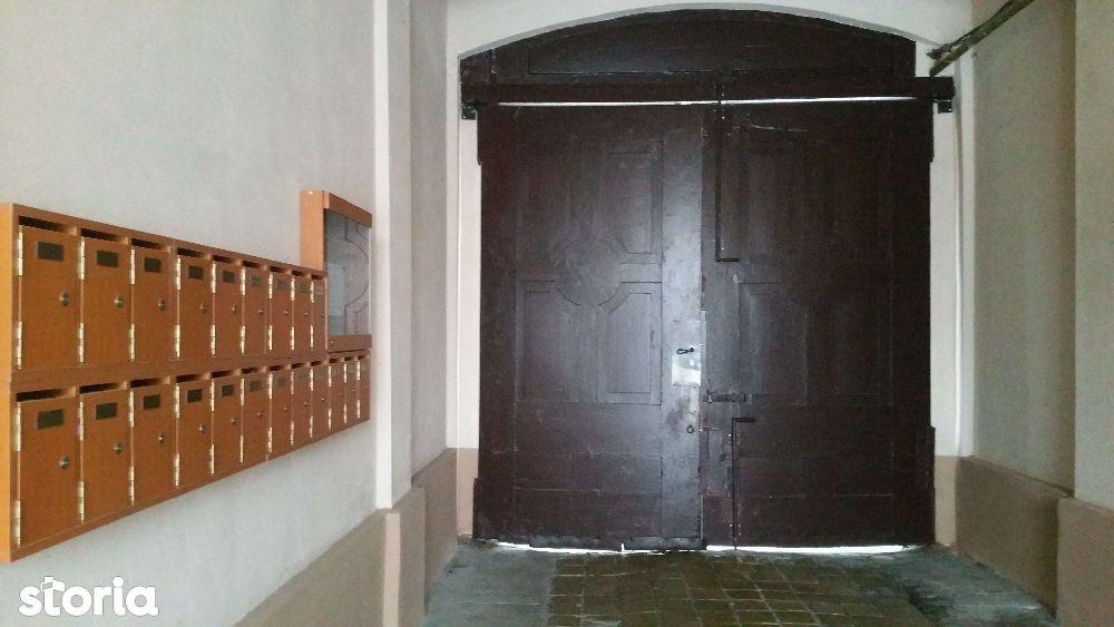 Apartament de inchiriat, Timiș (judet), Fabric - Foto 1