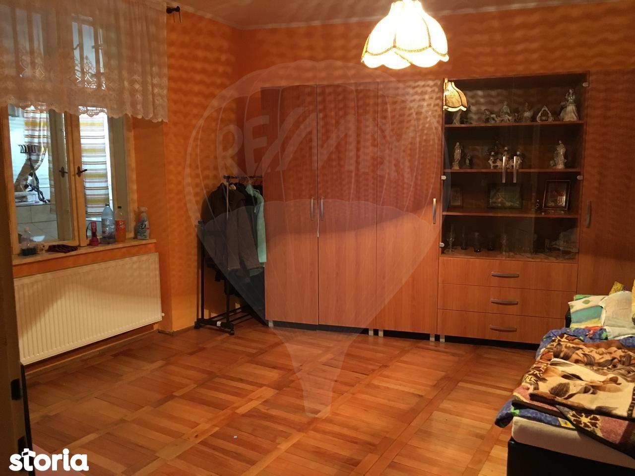 Apartament de vanzare, Bihor (judet), Strada Olteniei - Foto 2