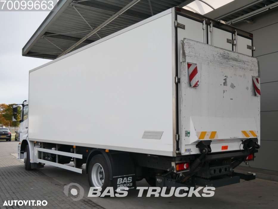 Mercedes-Benz Axor 1824 L 4X2 German-Truck Ladebordwand Euro 5 - 2