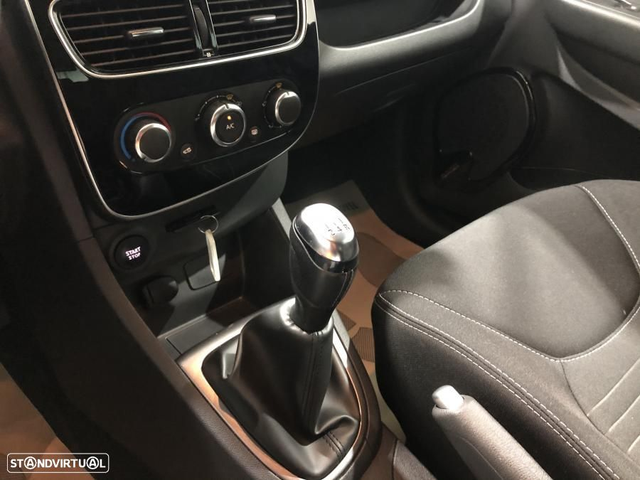 Renault Clio 0.9 TCe Limited GPS 90cv - 32