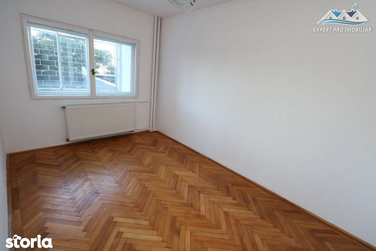 Apartament de inchiriat, București (judet), Piața Alba Iulia - Foto 18