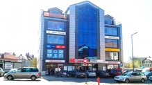 To ogłoszenie lokal użytkowy na sprzedaż jest promowane przez jedno z najbardziej profesjonalnych biur nieruchomości, działające w miejscowości Bolesławiec, bolesławiecki, dolnośląskie: PÓŁNOC NIERUCHOMOŚCI    Zgorzelecka 12 Bolesławiec OGÓLNOPOLSKA SIEĆ BIUR NIERUCHOMOŚCI