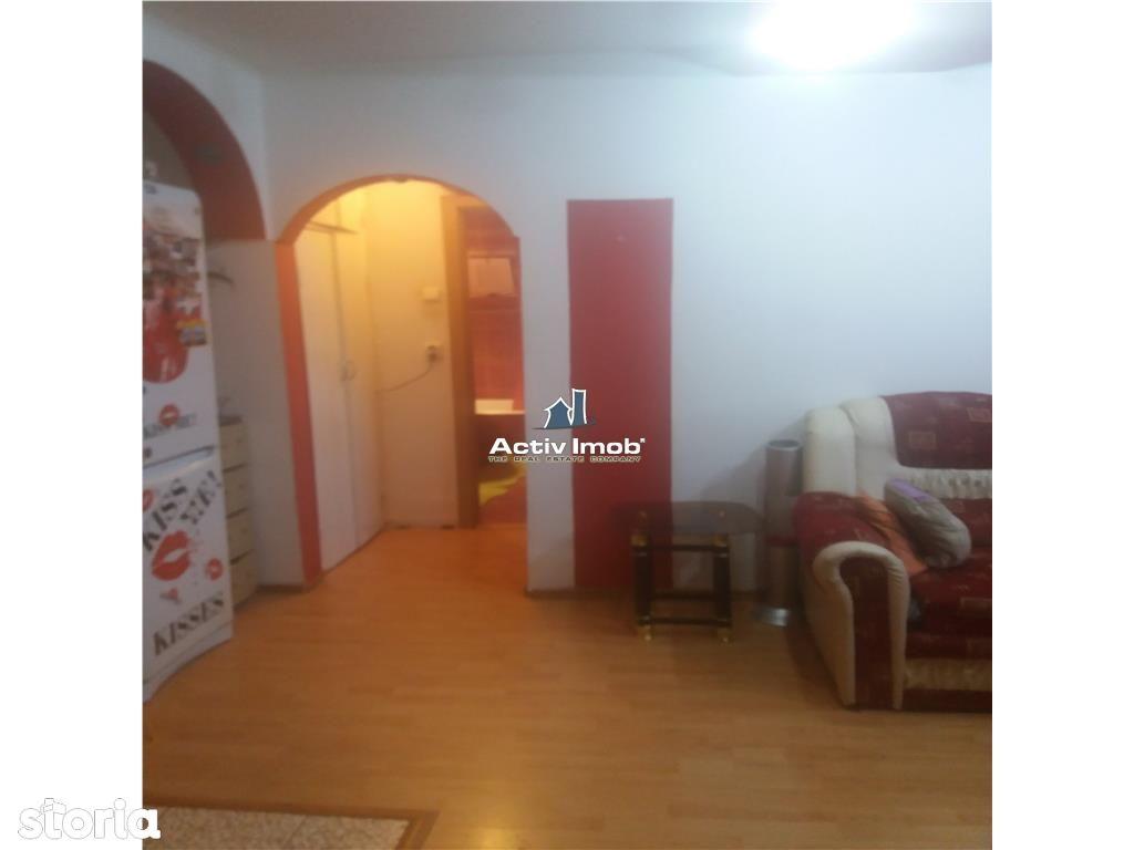 Apartament de vanzare, Dolj (judet), Bulevardul Dacia - Foto 1