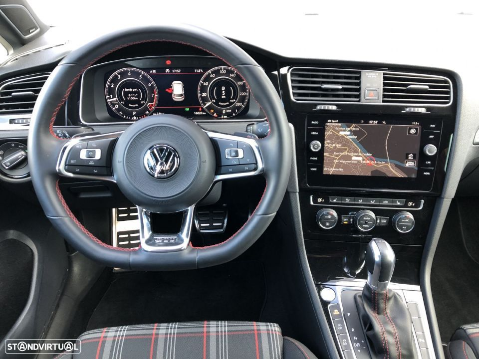 VW Golf GTI DSG Dynaudio Navi ActiveInfo - 11