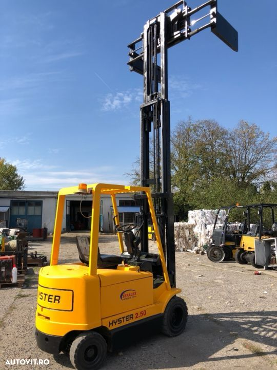 Hyster J2.50XM - 3