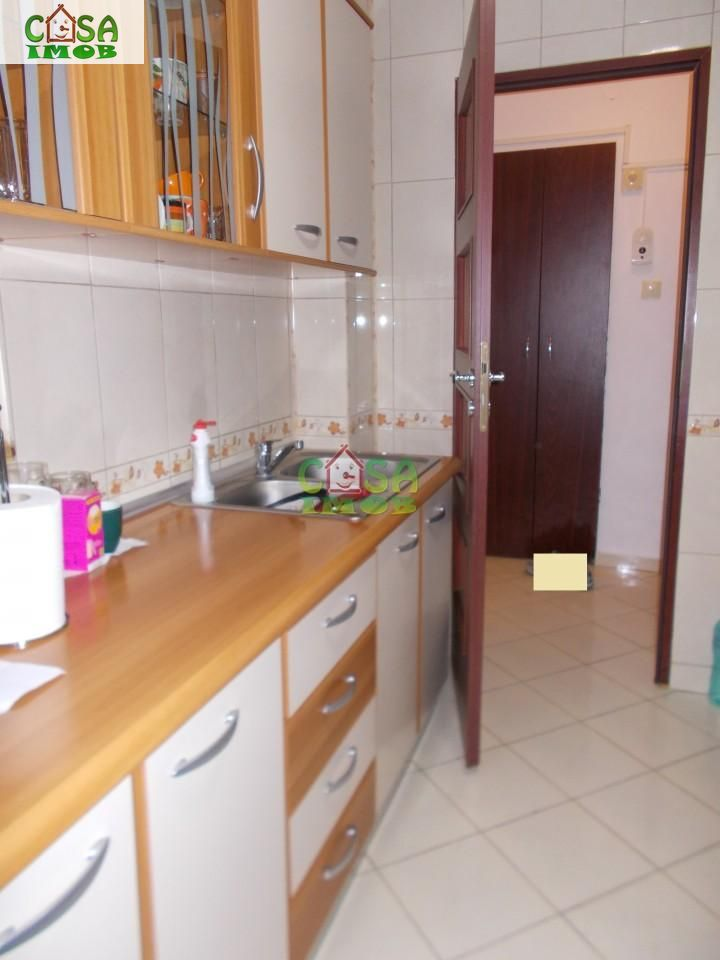 Apartament de vanzare, Dâmbovița (judet), Micro 9 - Foto 12