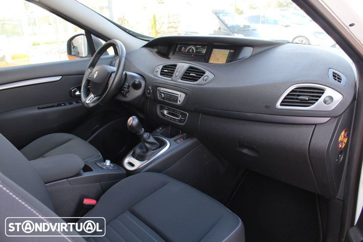 Renault Grand Scénic 1.5 DCi Limited - 19
