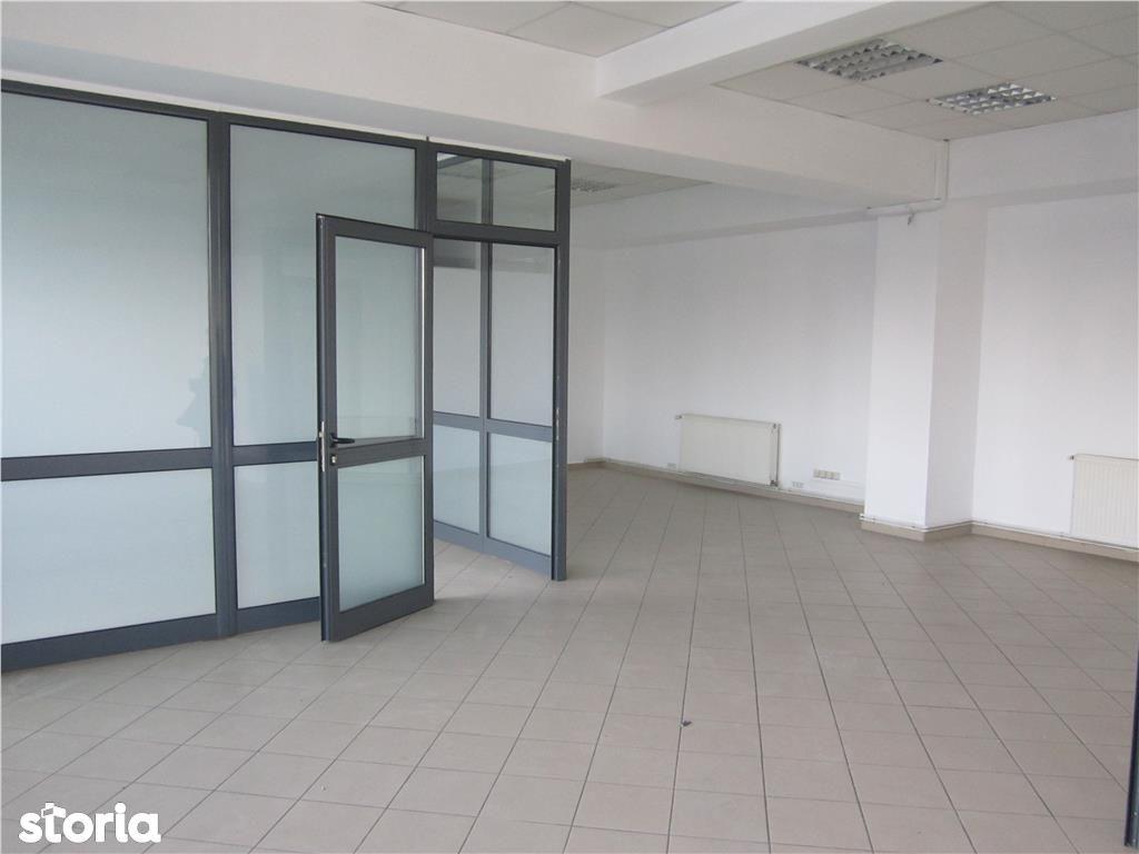 Birou de inchiriat, Argeș (judet), Bulevardul Republicii - Foto 1
