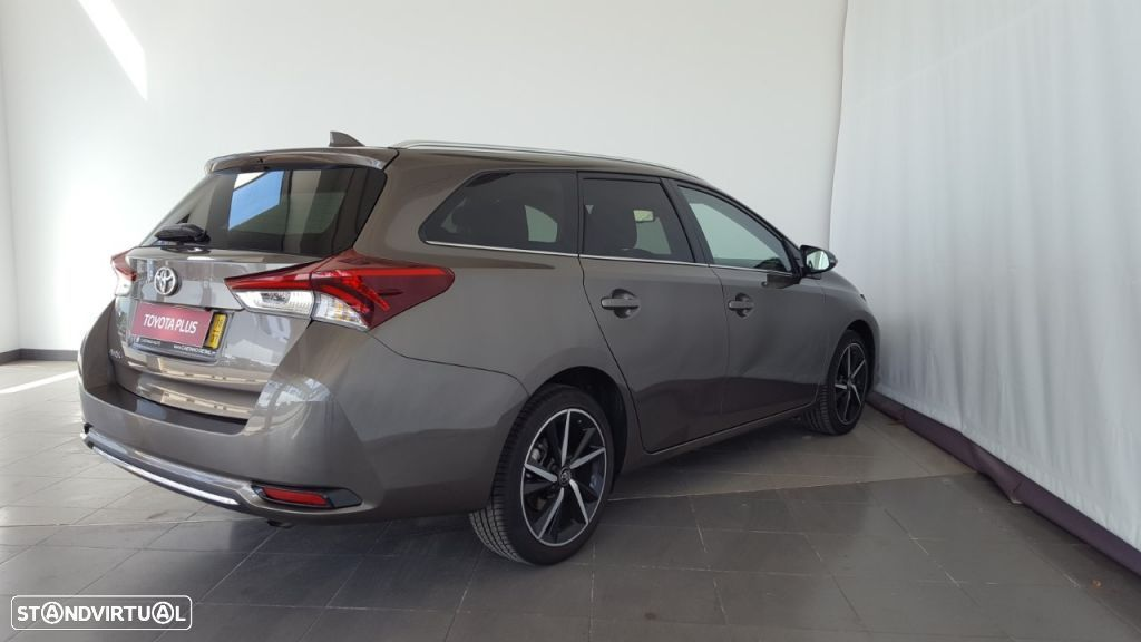 Toyota Auris Touring Sports 1.4D Comfort Pack Techno Pack Sport TS - 3