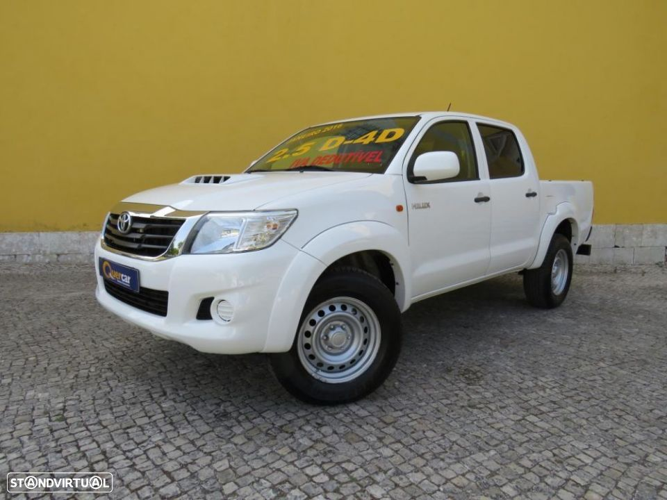 Toyota Hilux  2.5 D-4D 4WD Iva dedutivel - 1