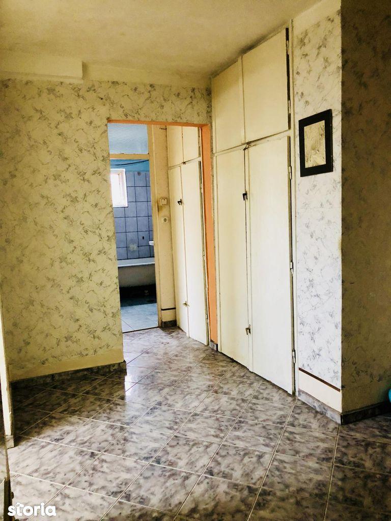 Apartament de vanzare, Arad, Alfa - Foto 2