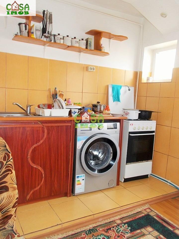 Apartament de vanzare, Dâmbovița (judet), Micro 11 - Foto 10