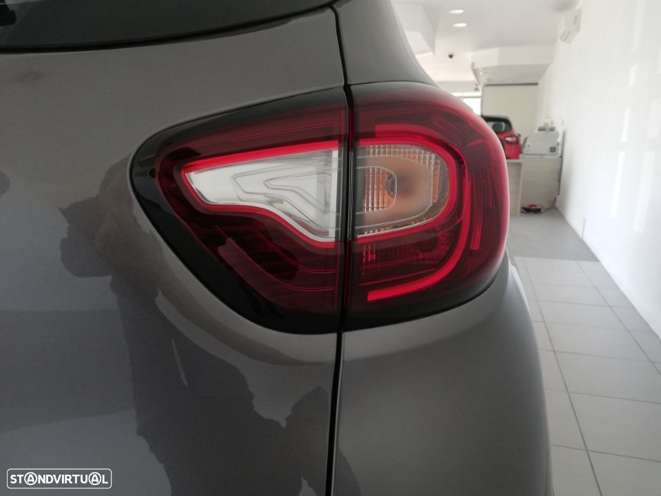 Renault Captur EXCLUSIVE TCE 90 - 29