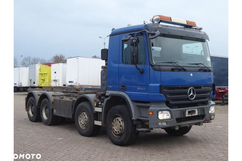 Mercedes-Benz ACTROS 3244  Mercedes-benz Actros 3244 8x4 full steel eps - 2