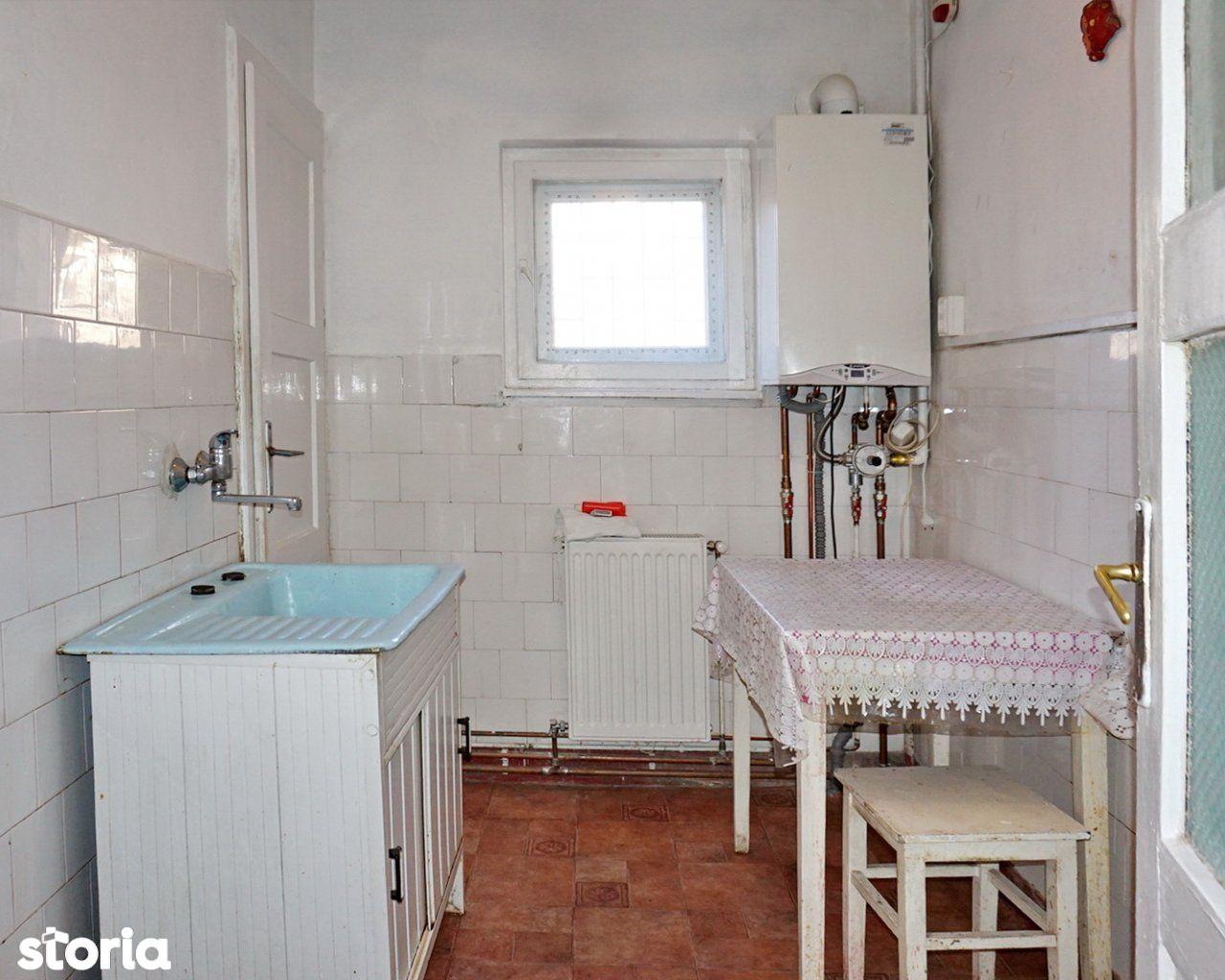 Apartament de vanzare, Brașov (judet), Strada Petru Rareș - Foto 3