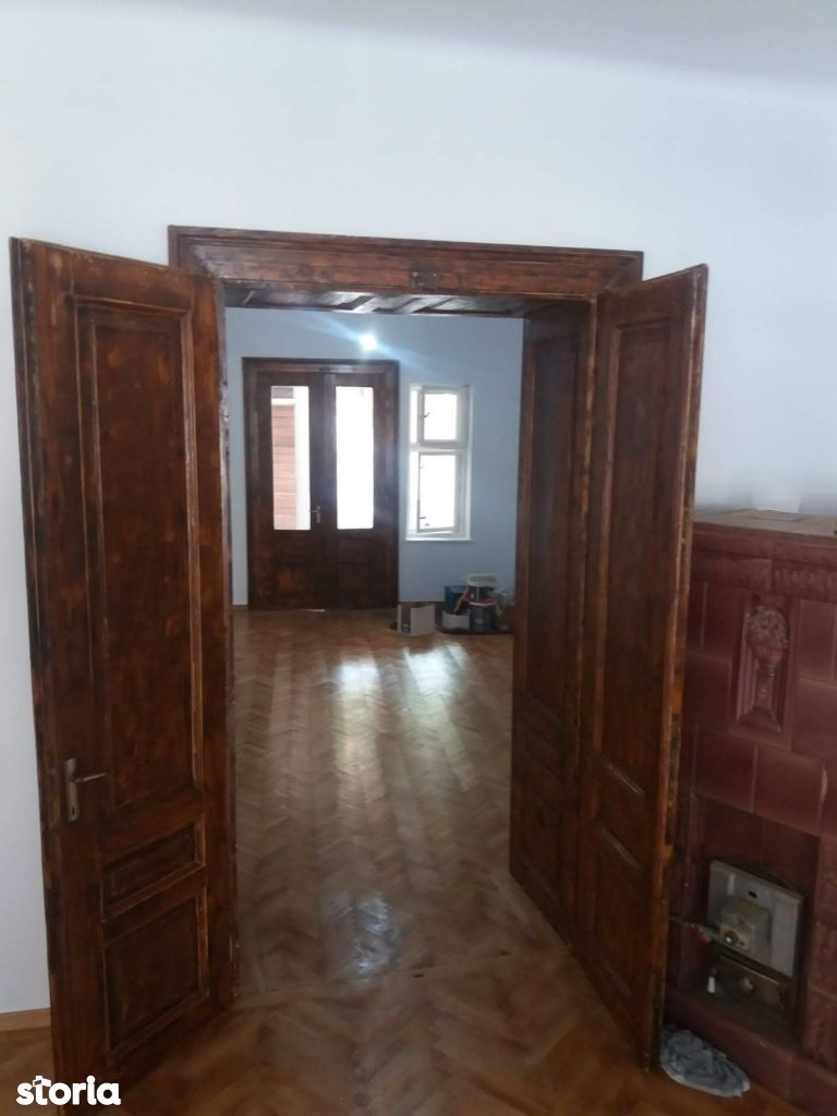 Apartament de vanzare, Brașov (judet), Centrul Vechi - Foto 1