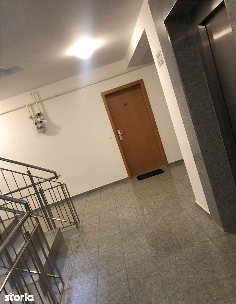 Apartament de vanzare, Brașov (judet), Tractorul - Foto 11
