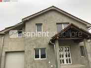 Casa de vanzare, Bihor (judet), Strada Bisericii Quarter - Foto 1