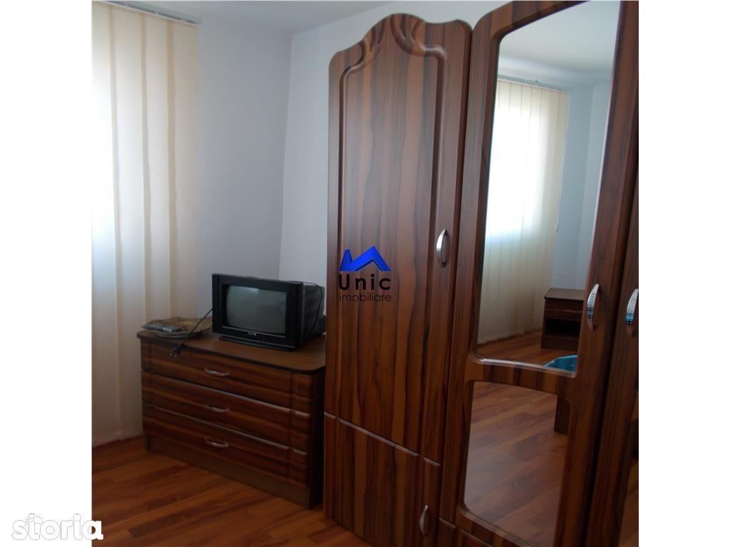 Apartament de vanzare, Dâmbovița (judet), Micro 4 - Foto 6