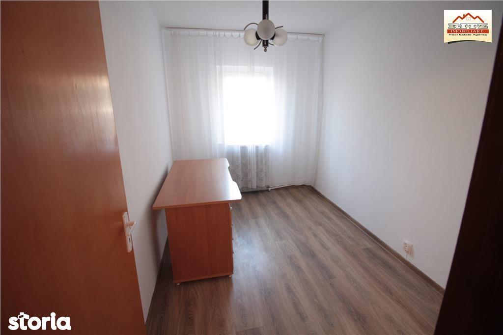 Apartament de vanzare, Olt (judet), Bulevardul Alexandru Ioan Cuza - Foto 9