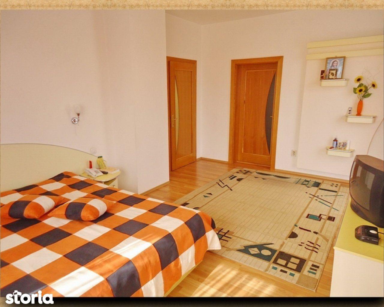 Casa de vanzare, Brașov (judet), Strada Pictor Nicolae Grigorescu - Foto 11