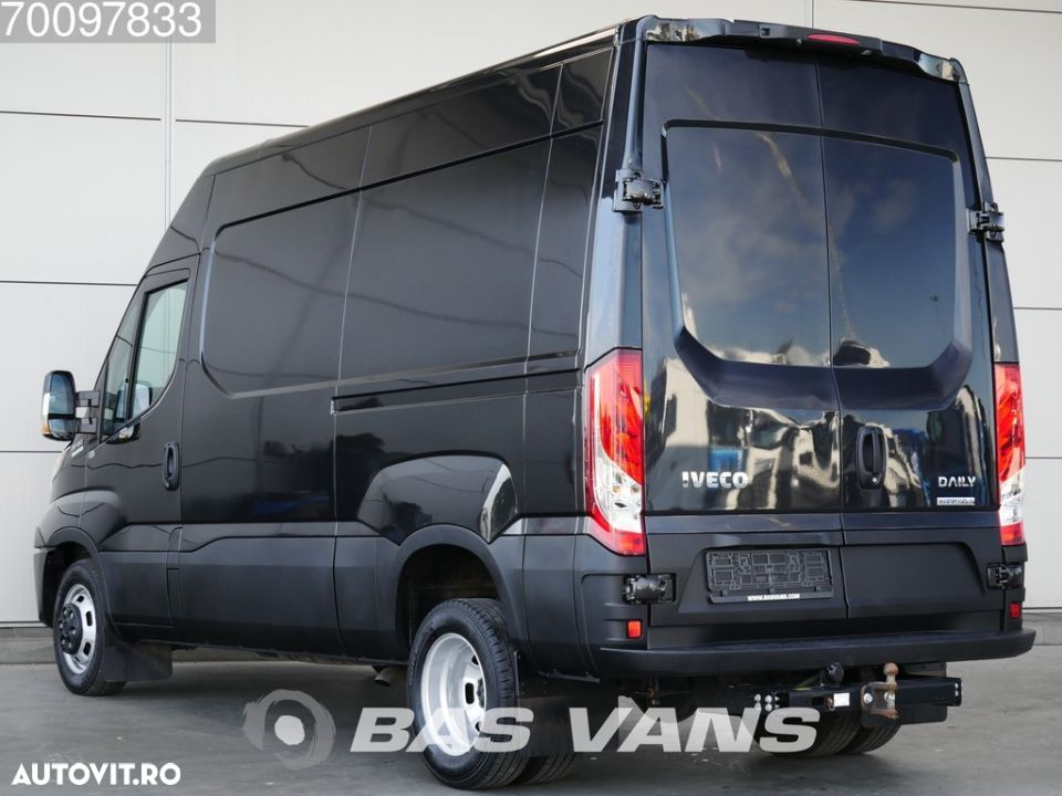 Iveco Daily 35C18 3.0 180PK L2H2 10m3 Airco Cruise control Trekhaak Automaat Nieuwstaat - 2