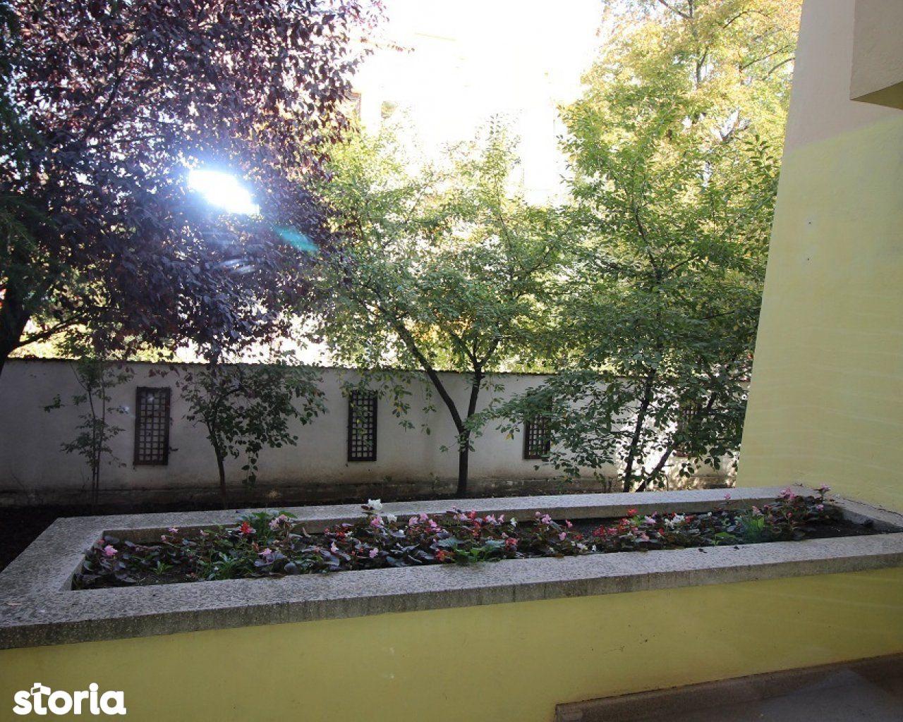 Casa de vanzare, București (judet), Strada Av. Ștefan Protopopescu - Foto 5