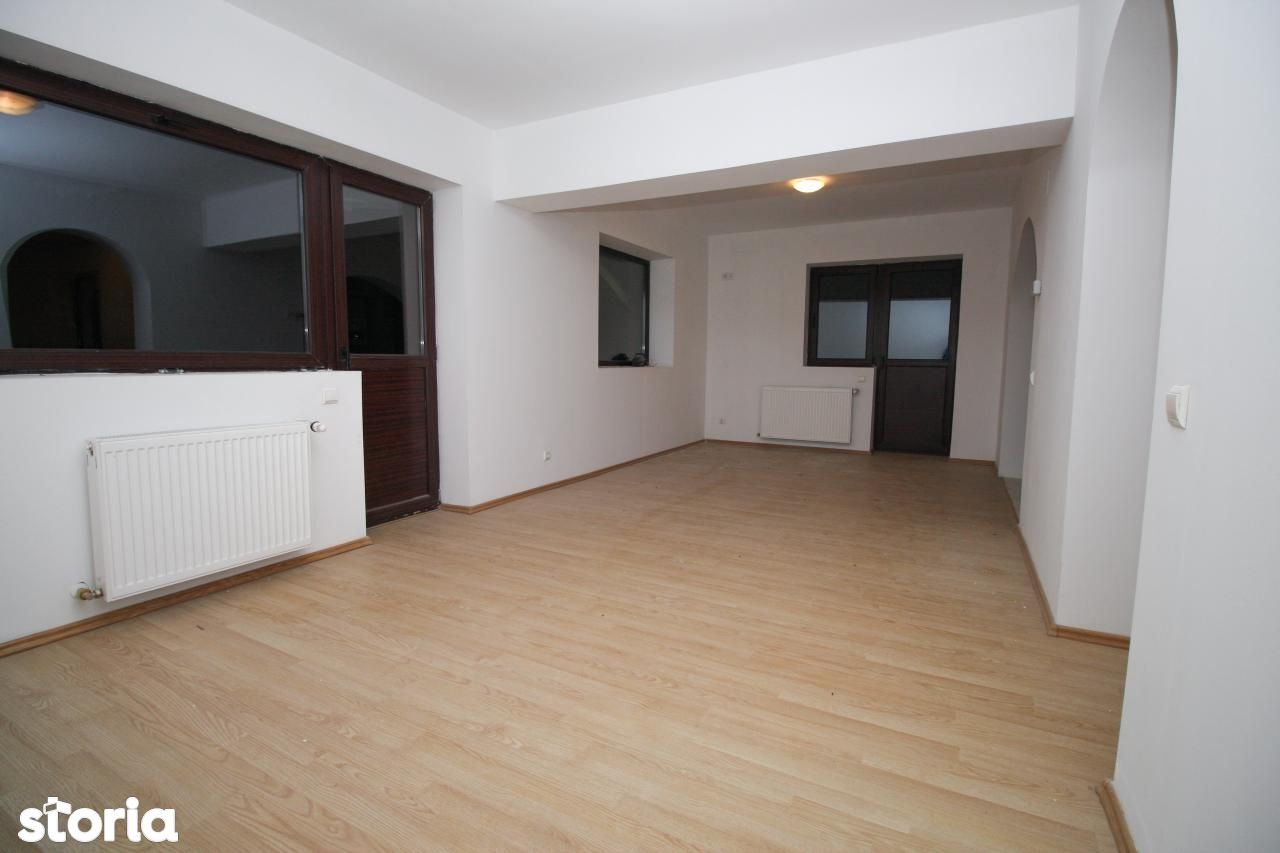 Apartament de vanzare, Prahova (judet), Sinaia - Foto 3