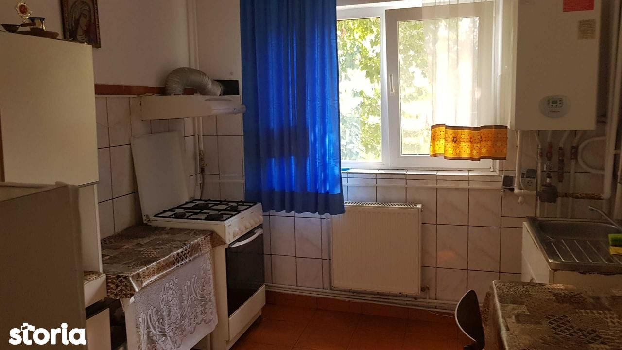 Apartament de inchiriat, Dâmbovița (judet), Găeşti - Foto 2