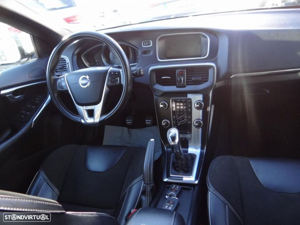 Volvo V40 1.6 D2 Eco Kinetic - 14