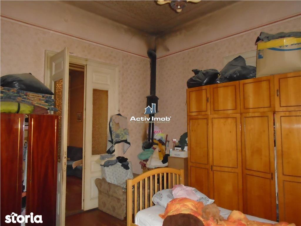 Casa de vanzare, Resita, Caras-Severin, Muncitoresc - Foto 3