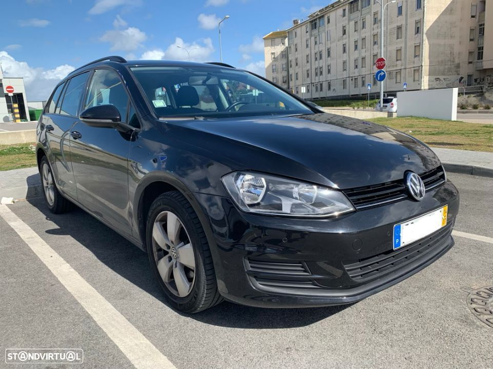 VW Golf Variant 1.6 TDI Trendline Bluemotion - 1