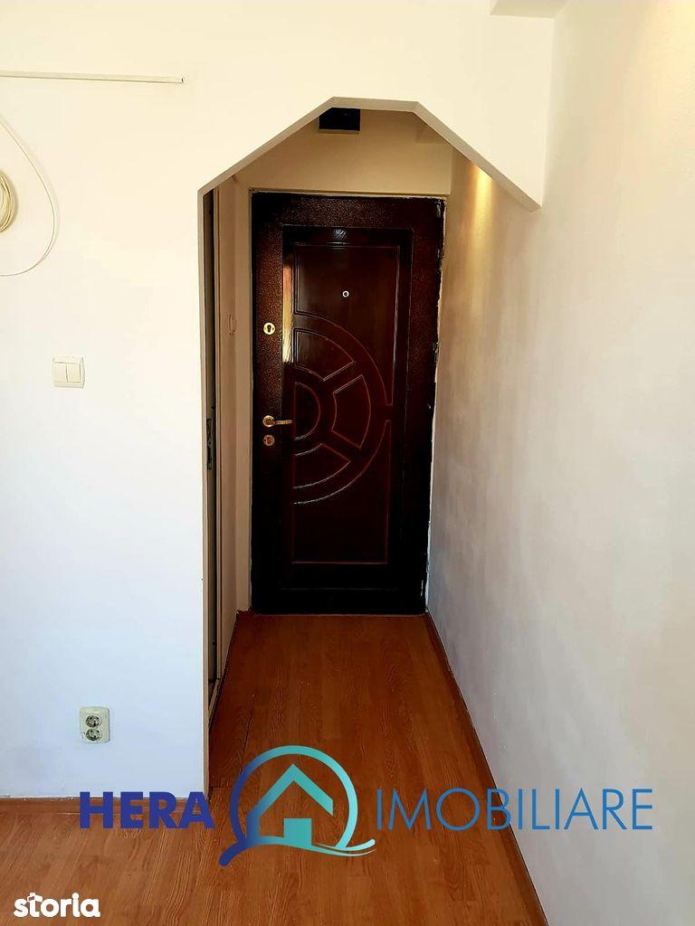 Apartament de vanzare, Arad, Aurel Vlaicu - Foto 2