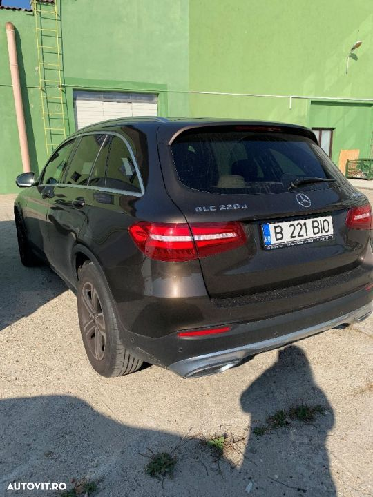 Mercedes-Benz GLC 220 - 2