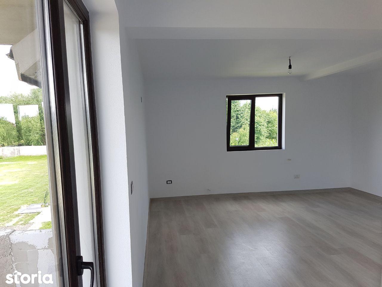 Apartament de vanzare, Gorj (judet), Strada Sisești - Foto 3