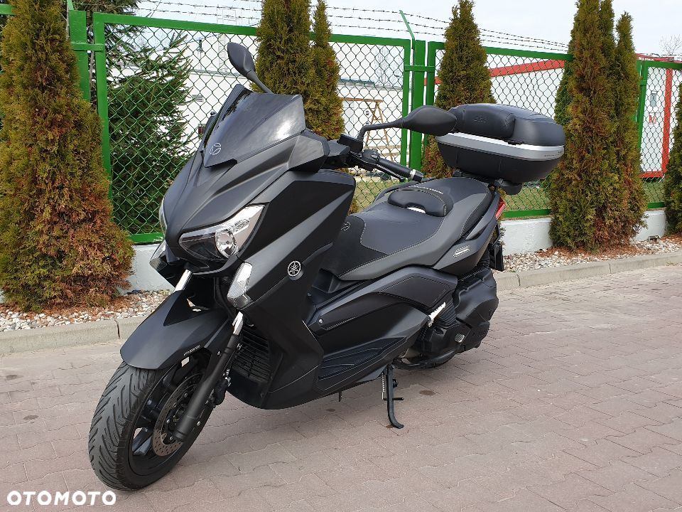 Yamaha X-max 400 Limited Edition MOMO DESIGN - 10