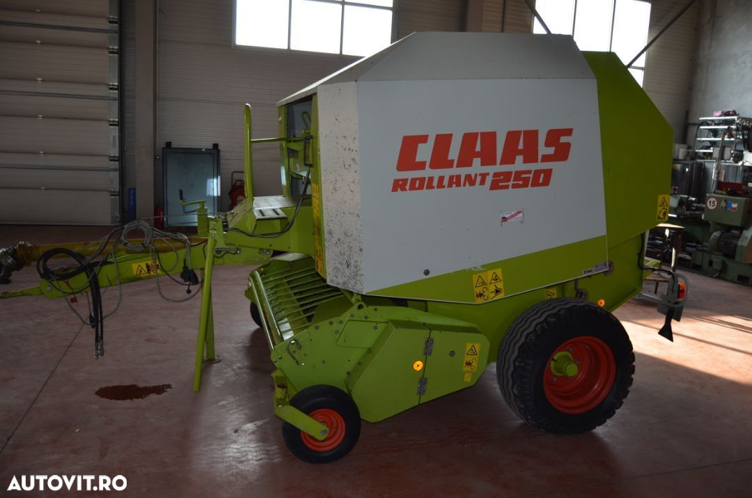 Claas rolland250 - 6
