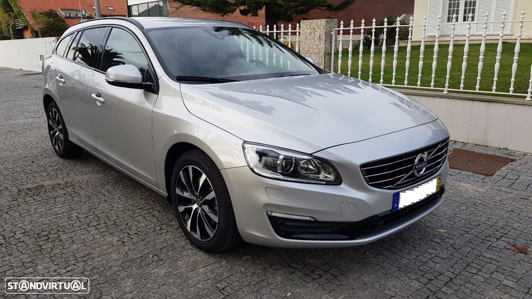Volvo V60 D3 SUMMUM 2018 GEARTRONIC - 2