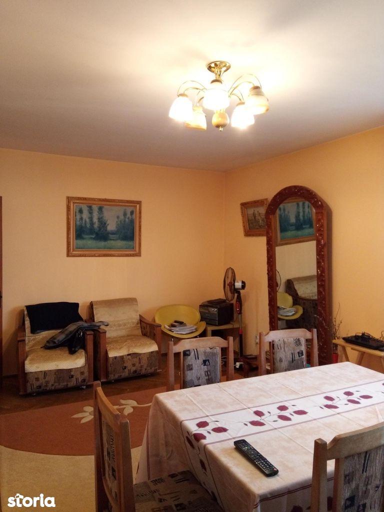 Apartament de vanzare, Argeș (judet), Căpăţânenii Pământeni - Foto 2