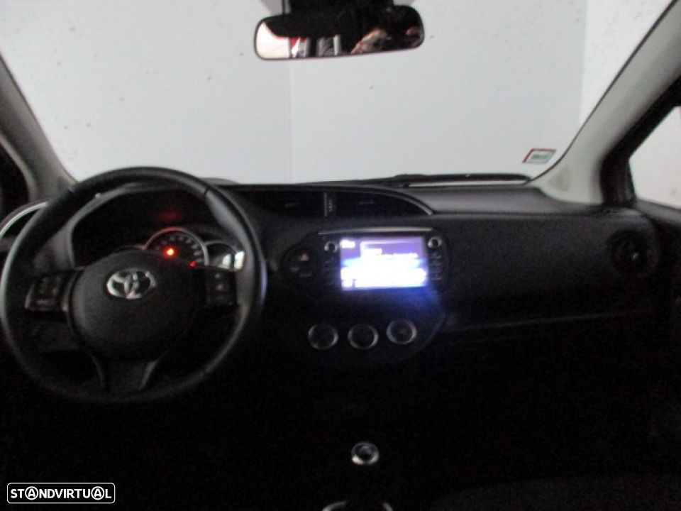 Toyota Yaris 1.0 5P SQUARE Collection - 5