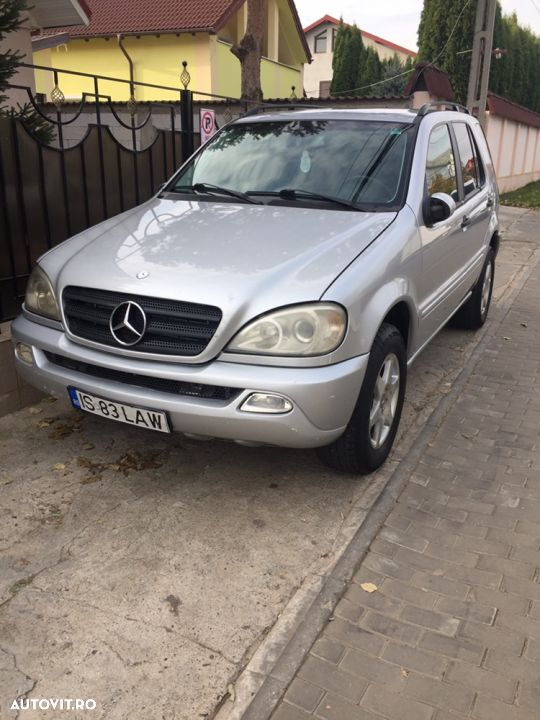 Mercedes-Benz M ML - 14