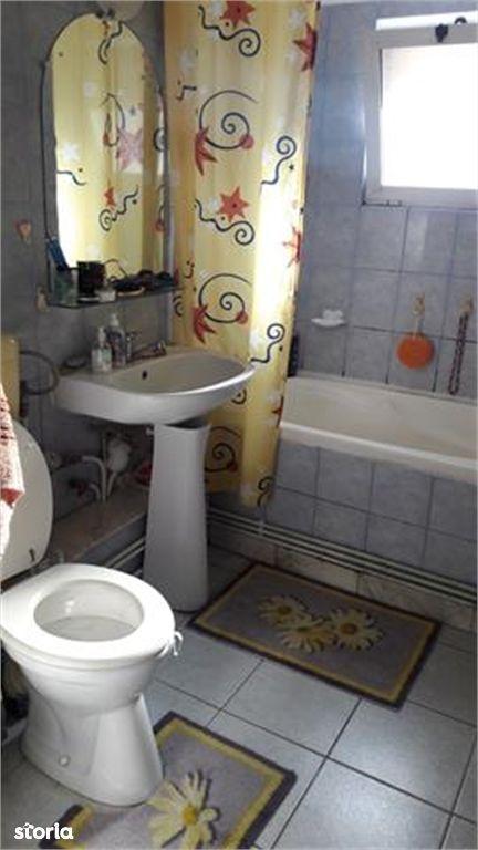 Apartament de vanzare, Argeș (judet), Strada Băilor - Foto 4