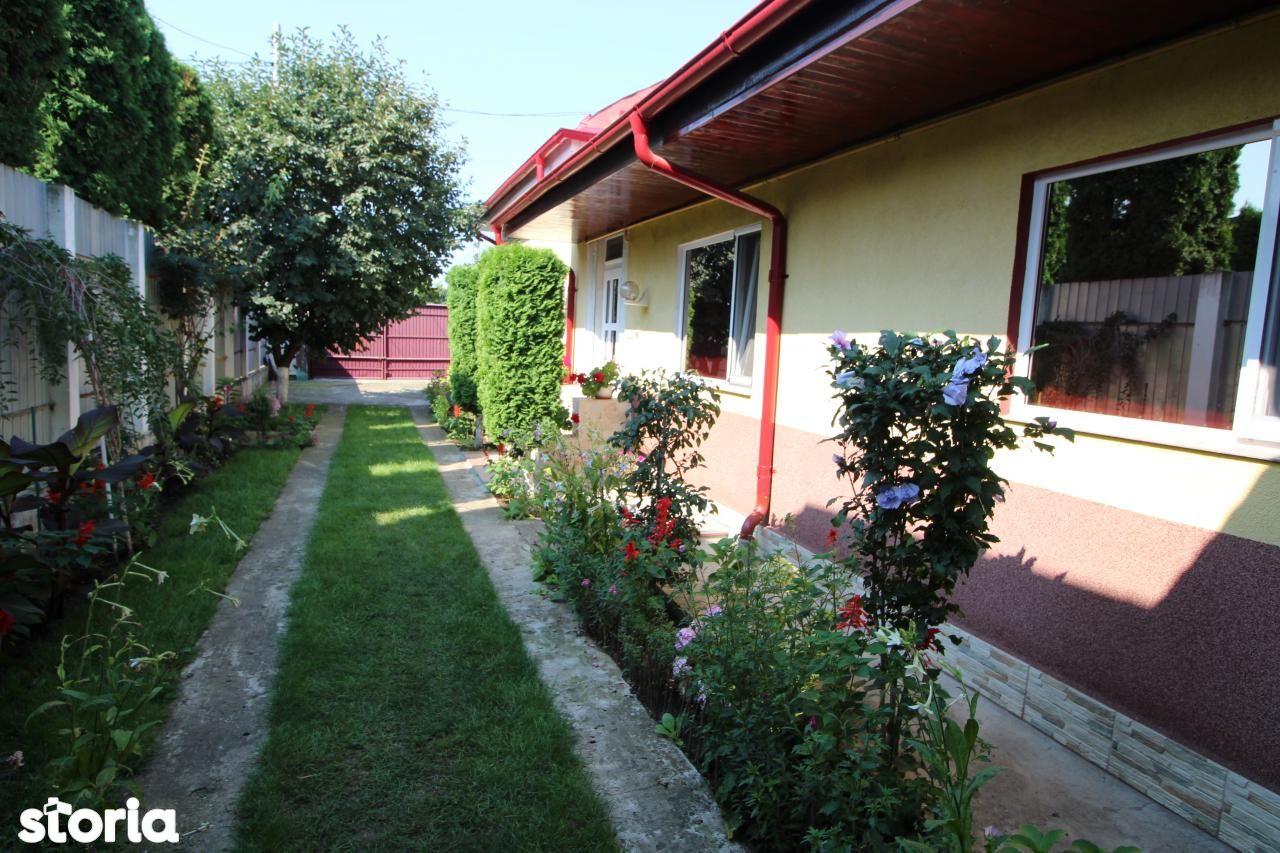 Casa de vanzare, Bacau, Tache - Foto 1