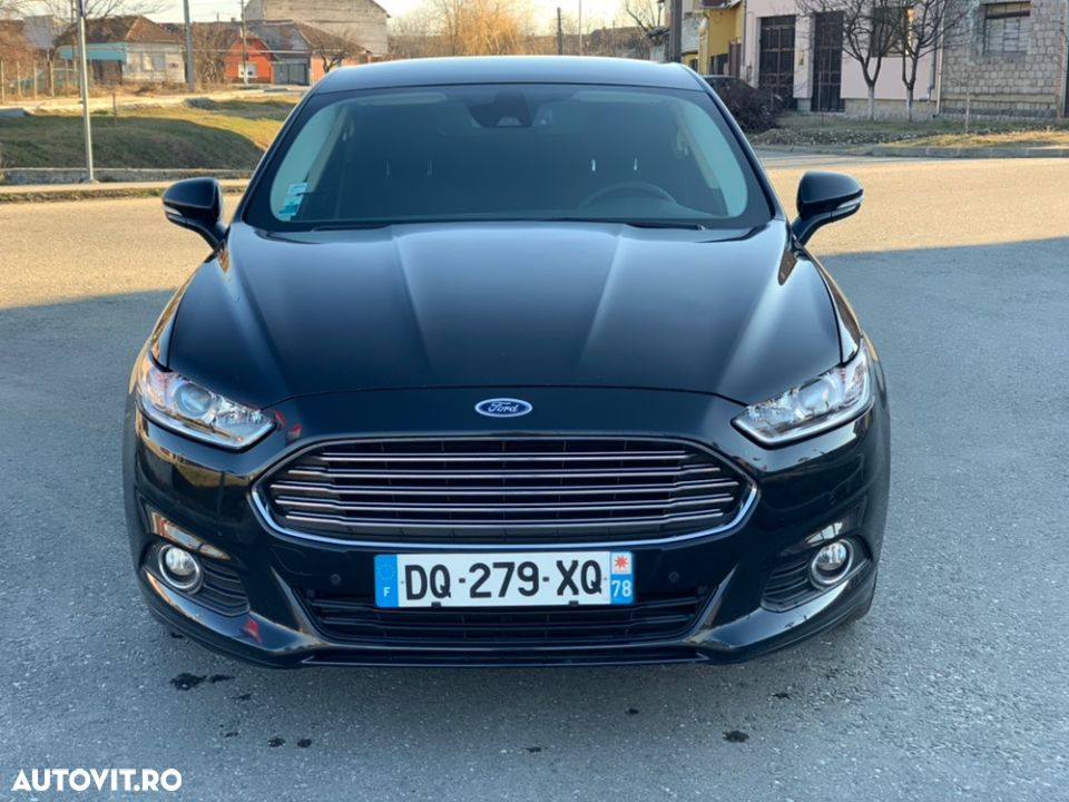 Ford Mondeo - 38